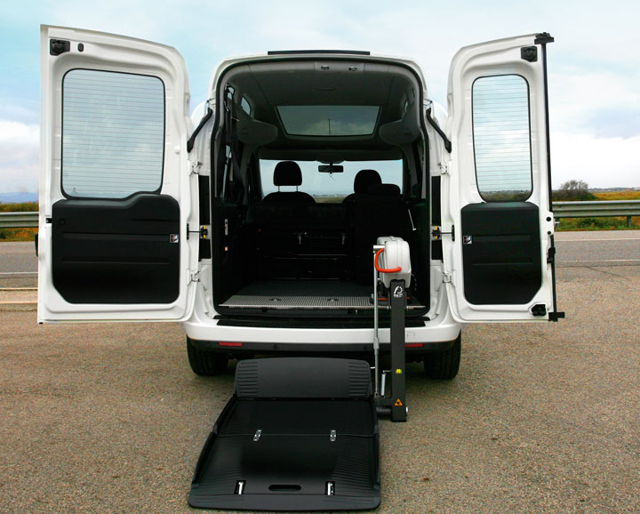 Wheelchair accessible Car Hire for wheelchair users and their families... %>